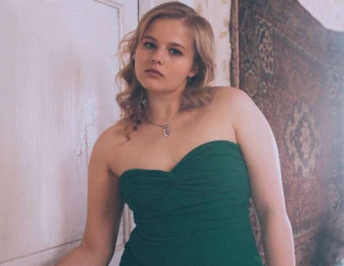 24-летняя Александра Бортич стала женщиной года по версии журнала Glamour