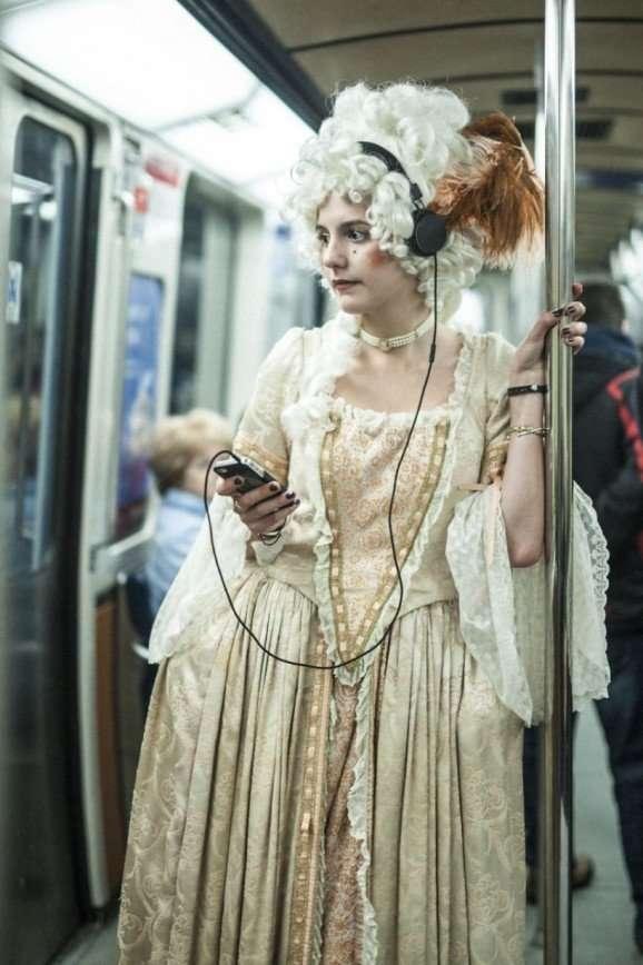 Если бы женщины вернулись к моде XVIII века